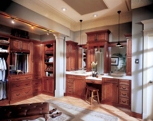 Brown Wooden Bath Cabinets