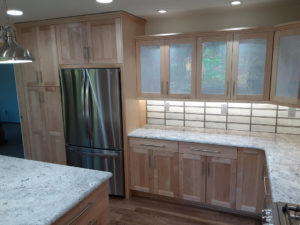 Wellborn Bristol 2 kitchen counter cabinets.