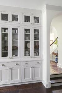 Wellborn Henlow Inset 5 kitchenware cabinet.