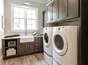 Wellborn Prairie 2 laundry area.
